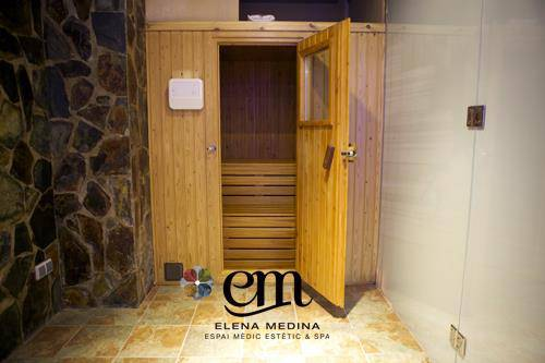 Espai Medic Estétic and Spa Maquillaje