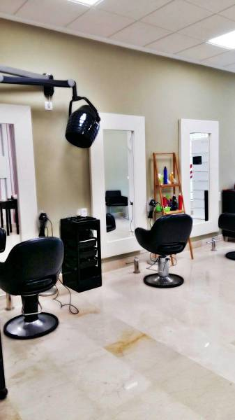 Nue Beauty Salon Corte de Pelo