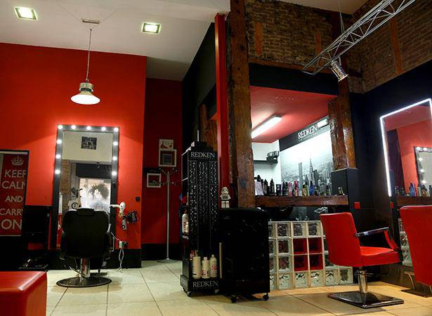 Blades Hair Studio Mechas
