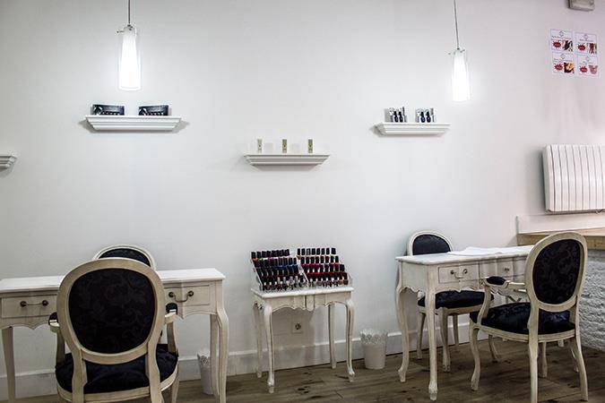 Opium Manicure and Pedicure Pedicura