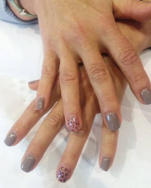 Cesy Fashion Look and Nails Manicura