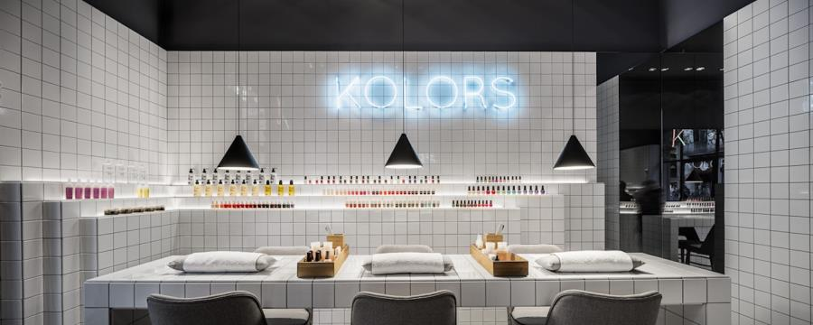 Kolors Nail Bar Manicura